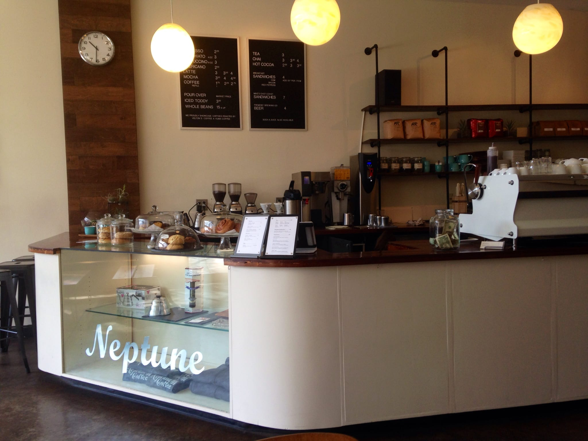 Cafe Review Neptune Coffee in Seattle